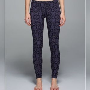 Pants - Lululemon Wonder Under 7/8 Full-On Luon